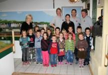Besuch des Kindergartens und der Volksschule vor den Weihnachtsferien Dez. 2008