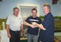 Am 08.10.2010 übergaben wir nach dem Probejahr den Schlüssel zum Clublokal an Patrick